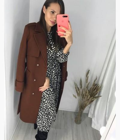 Пальто в благородном кирпичном оттенке