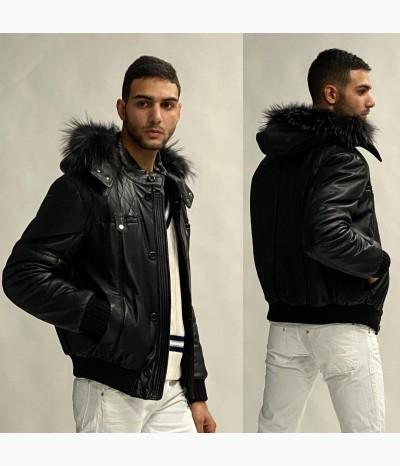 Скидка -70 процентов На все мужские куртки
